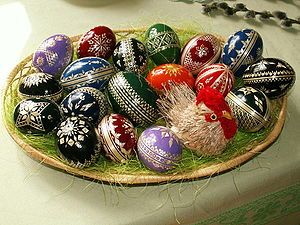 Hanácké kraslice, a traditional way of decorat...