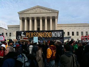English: Personhood Now! banner in front of th...
