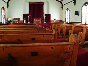 English: Pews of the First Methodist Church in...
