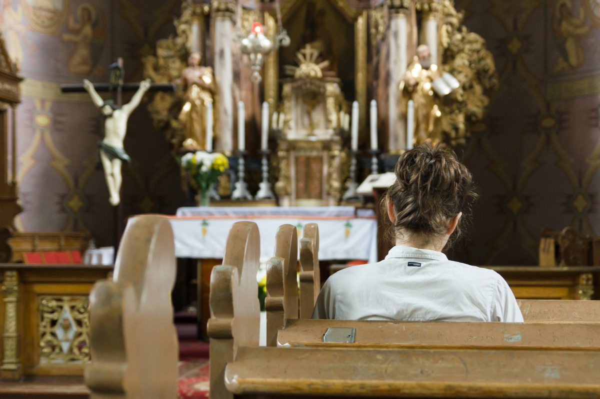 How Rosary Prayer Teaches Us About Discernment