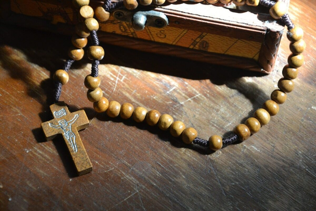 Pray the Rosary this October